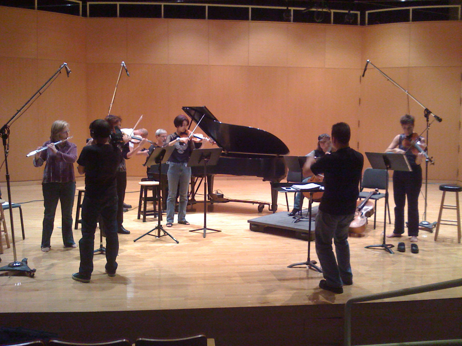 Cleveland Chamber Collective rehearsing Burst